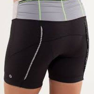 Lululemon size 4 Padded Biking Shorts